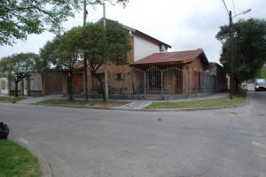 25 de Mayo N° 399 esquina Avellaneda en Nicolás Avellaneda 400, Ezeiza, Buenos Aires, Argentina para